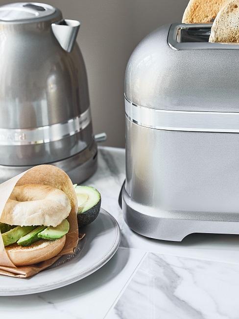 Küchen-Elektrogeräte in Silber