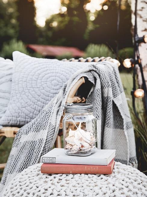 Gläser dekorieren Sommer Muscheln Terrasse