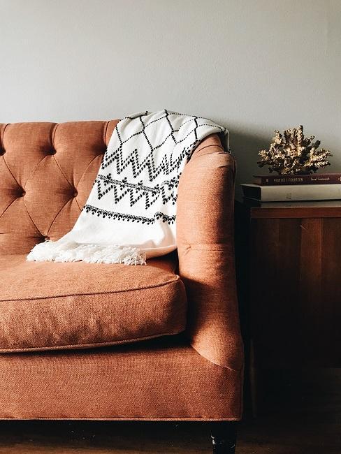 Decke und Sofa im Vintage Stil