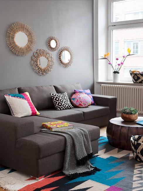 Wandfarbe Grau in Folkore Stil Wohnzimmer