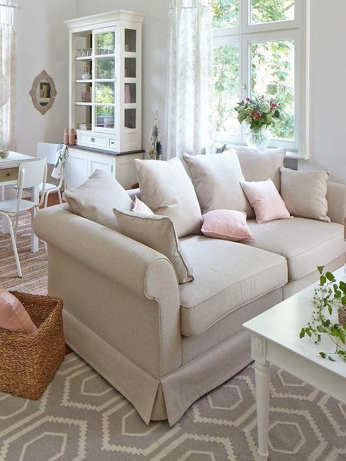 Großes Wohnzimmer einrichten Landhausstil Sofa Esstisch