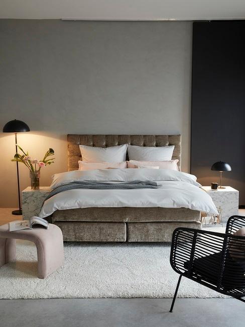 Graues Schlafzimmer im modernen Stil