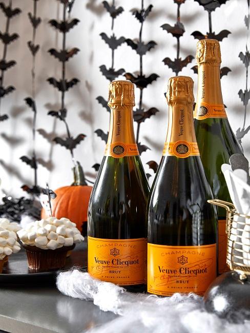 Halloween Deko mit Champagner