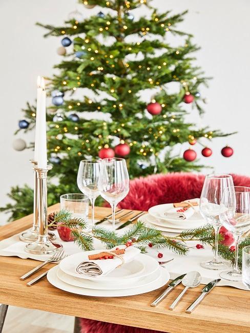 Tischdeko Weihnachten Weihnachtsbaum Tannenzweige