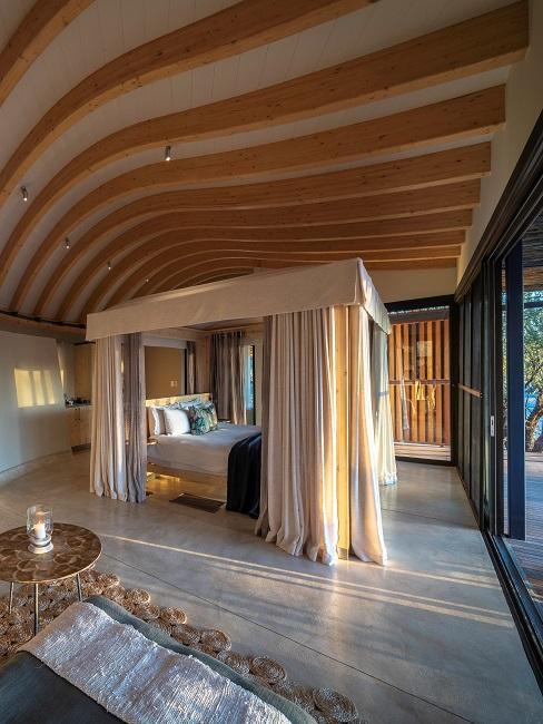 Anderssons Hotelzimmer Bett