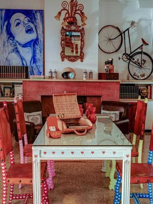Bella Colina I Vintage Hotel 1953 Mallorca Tisch