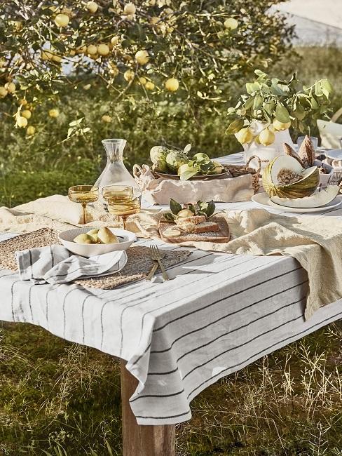 Zitronen Deko Tisch
