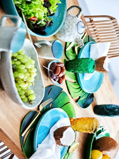 Einfache Tischdeko Türkis Sommer Grün