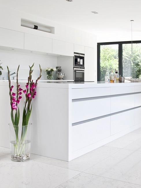 Moderne Küchen Weiß minimalistisch