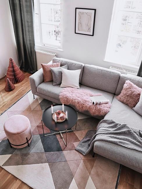 Rosefarbenes Wohnzimmer