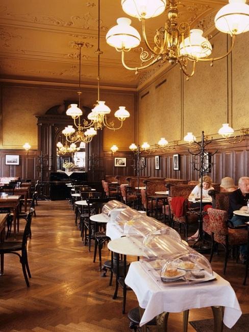 Wiener Kaffeehauskultur Cafe Sperl