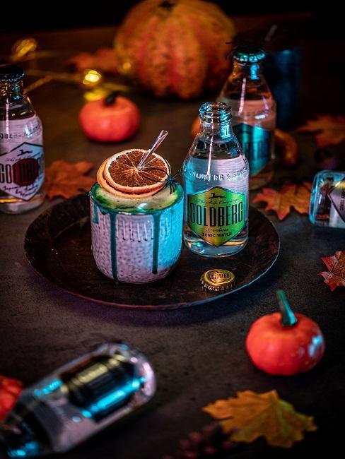 Cocktails in dunkler Atmosphäre