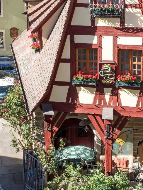 Rot weißes Haus in Bayern