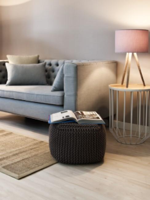 Sitzwürfel in Strickoptik im Wohnzimmer