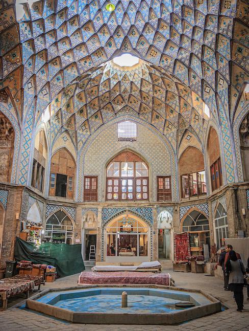 Eindrucksvolles Haus von innen im Iran