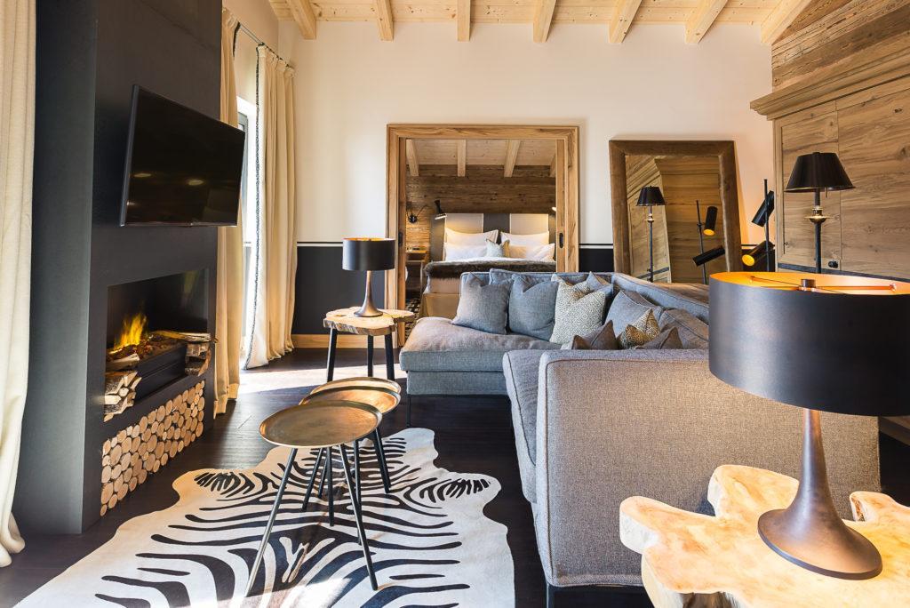 Wachtelhof Luxus Chalet Stil Suite Sofaecke