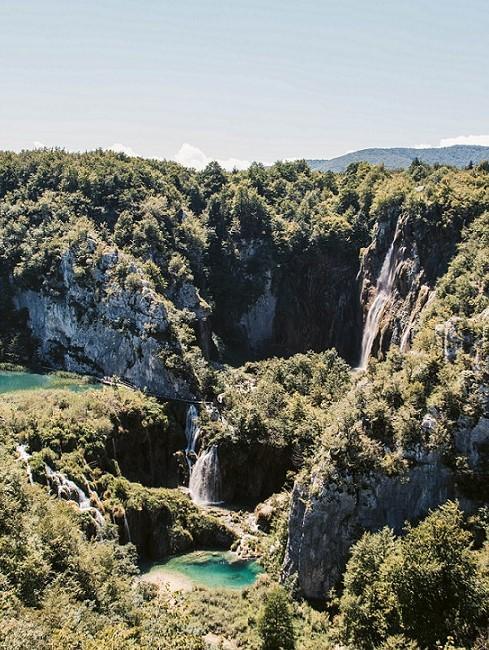 Bergige Landschaft in Kroatien