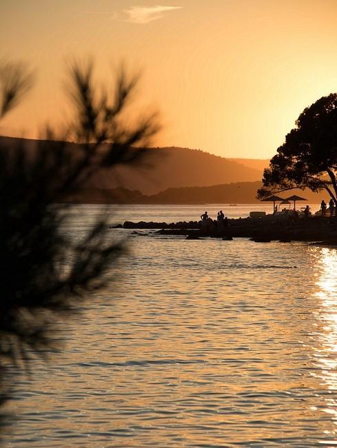Sonnenuntergang am Meer in Kroatien