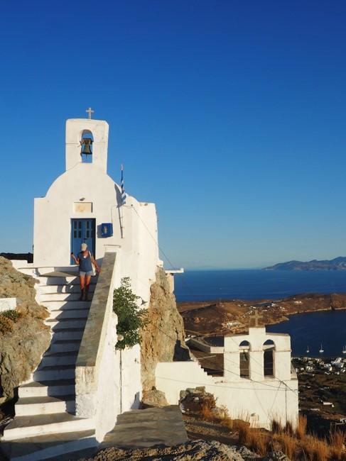 Weißes Haus in Griechenland mit Blick aufs Meer