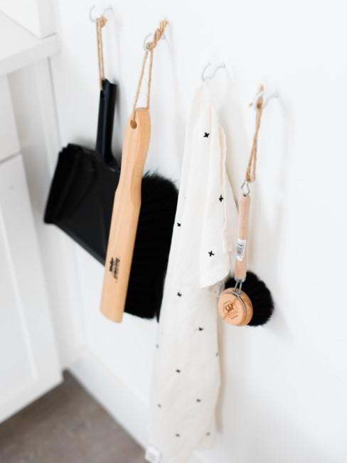 Utensilien zum Küche putzen