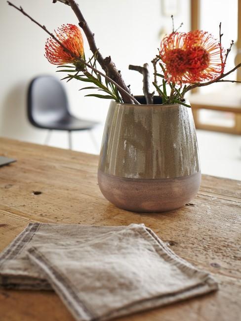 Holz ölen Header Vase mit Blumen