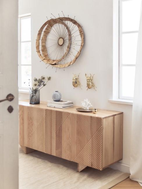 Moderne Kommode aus Holz