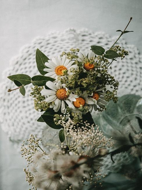 Gänseblümchen im Blumenstrauß
