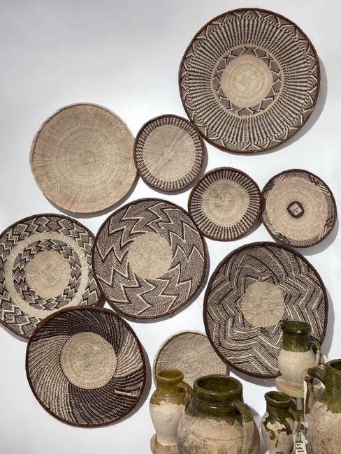 Schalen aus Naturmaterialien