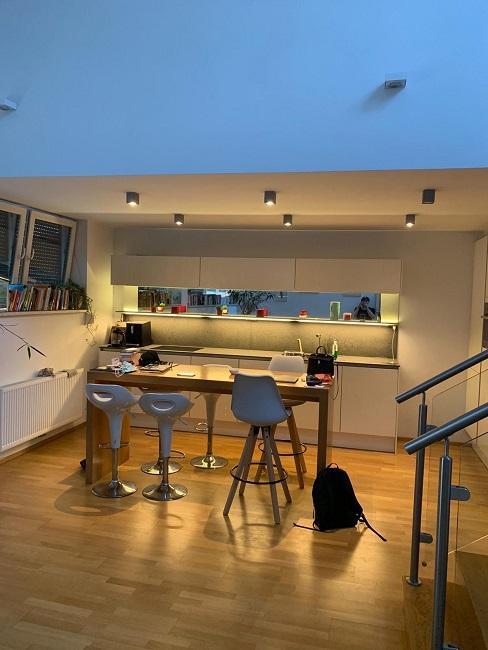 Wohnzimmer mit offener Kueche einrichten Vorher Kueche Essbereich