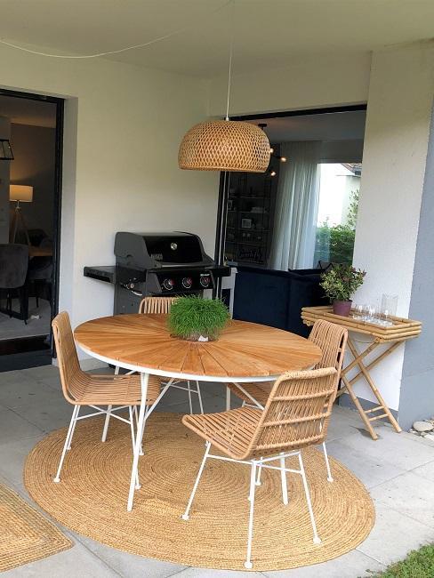 neue Wohnung einrichten Nachher Terrasse Tisch Essbereich
