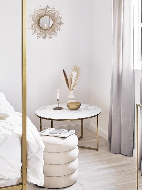 Glamouröses Schlafzimmer für Charlotte aus Sex and the City