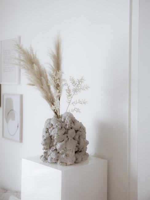 Vase aus Bauschaum basteln
