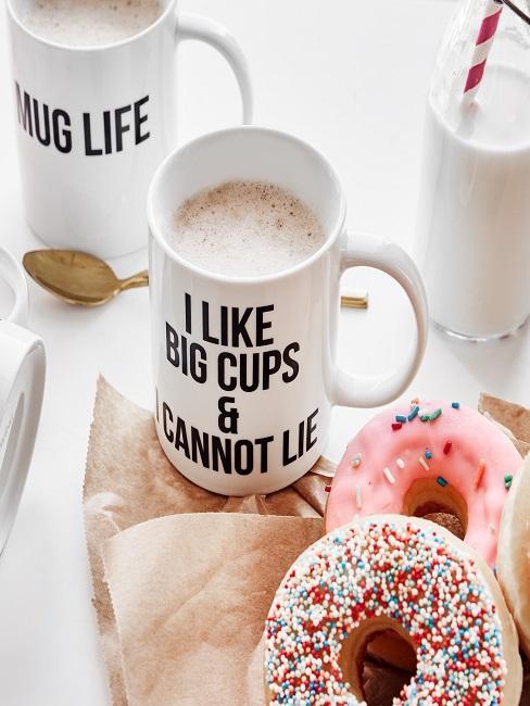 Kaffeetassen mit lustigen Instagram Sprüchen