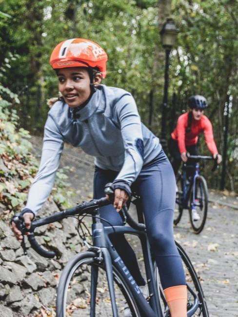 Radfahren als sportliches Hobby draußen