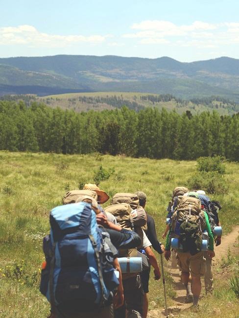 Nachhaltig reisen Wandern Backpacking Menschen