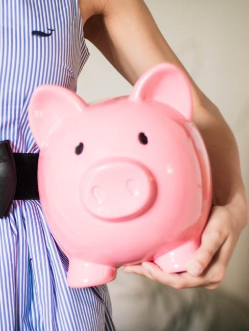 Spardose in Rosa als Geschenkverpackung bei Geldgeschenken