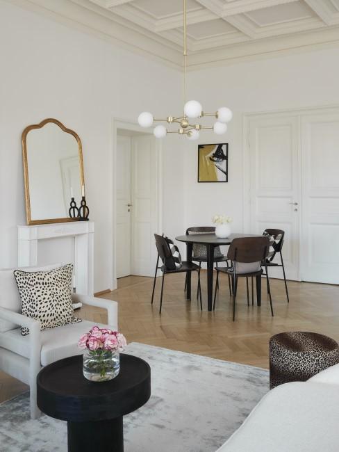 Moderne Barockeinrichtung im Wohnzimmer