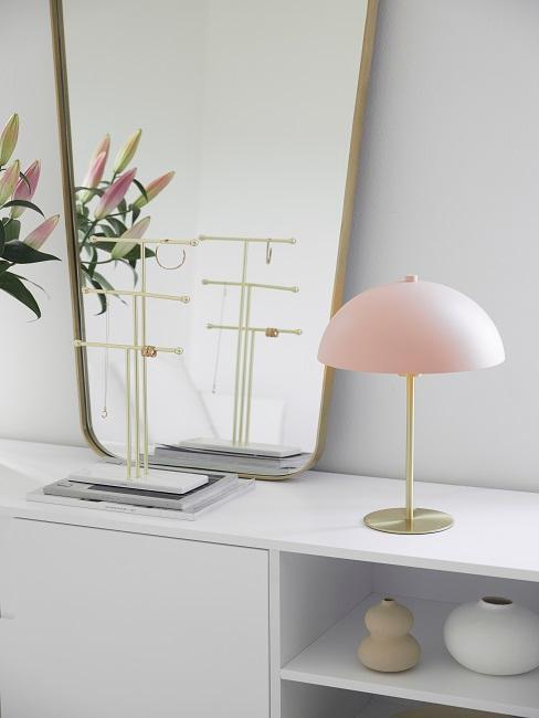 Pilzlampe rosa auf Kommde