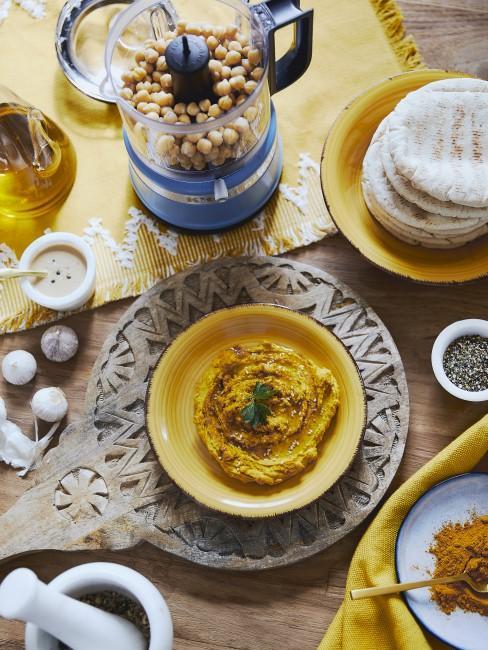 Selbstgemachter Hummus zum Zuckerfest