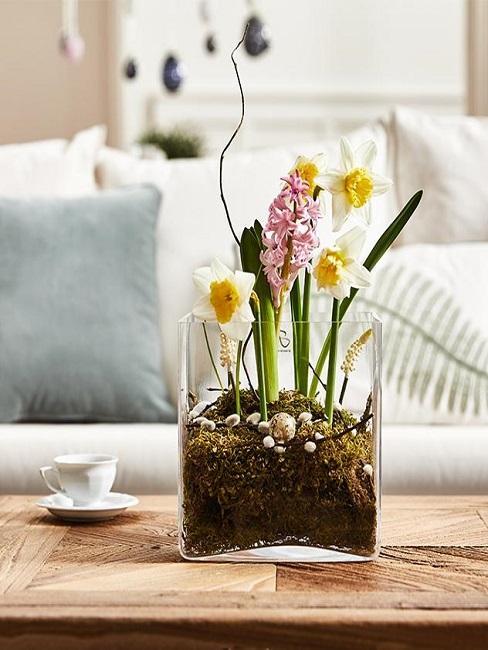 Blumen in einer Glasvase