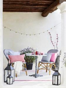 Terrassengestaltung kleine Terrasse Möbel Deko