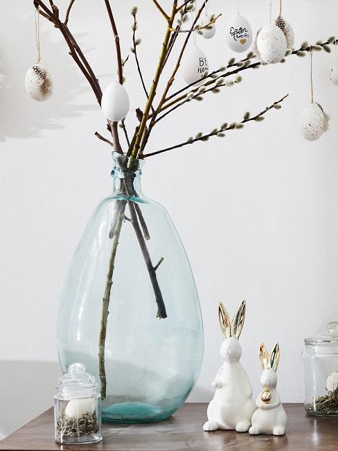 Weidenkätzchen in einer Vase