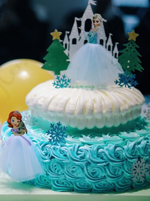 Anna und Elsa Kuchen für Kindergeburtstag in Corona-Zeiten