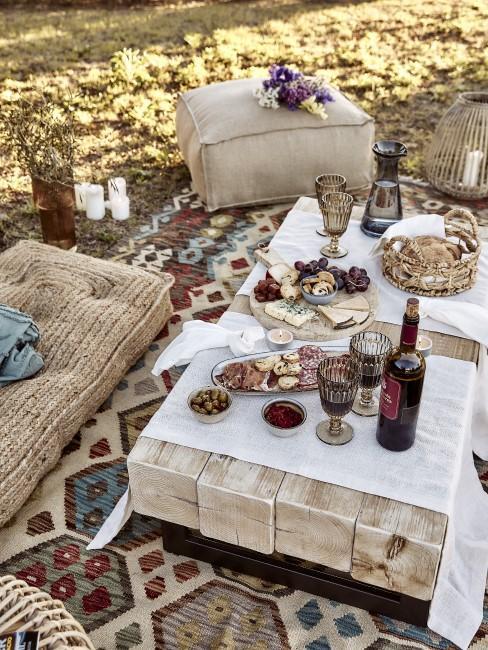 Bodenkissen und Teppich im orientalischen Style