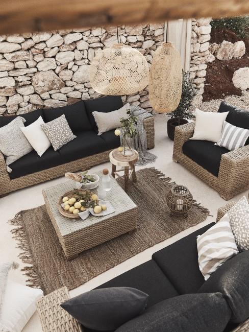Steinmauern für Toskana Feeling im Garten