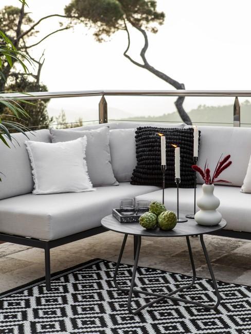 Moderne Gartenmöbel sind im Trend