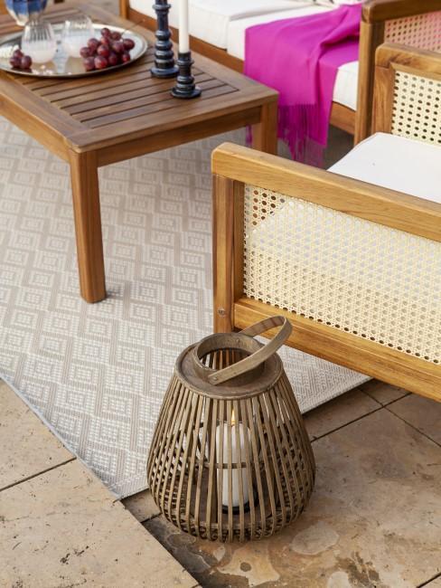 Gartenmöbel mit Wiener Geflecht und Holz