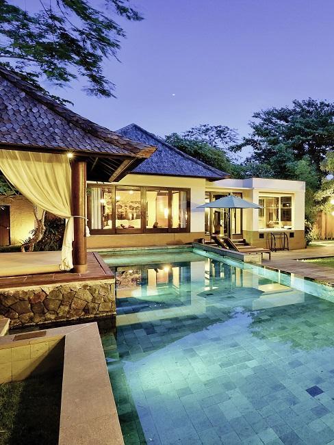 Honeymoon Reisen Amarterra Villas Bali Nusa Dua Außenansicht Pool
