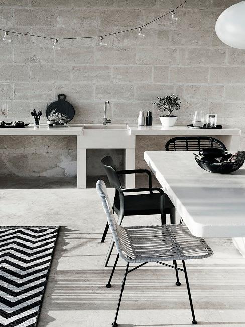 Schwarz weiße Outdoor Küche