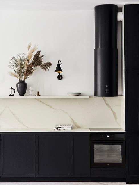 Moderne Wohnungseinrichtung Küche Küchenzeile Regal Deko